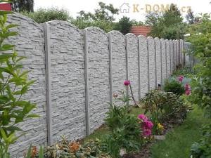 zasmuky-betonový-plot