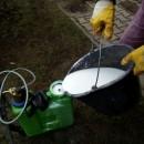 Postupy vápnění trávníku pro odstranění mechu