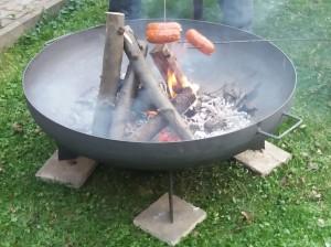 přenosné zahradní ohniště kruhové kovové pánev 1